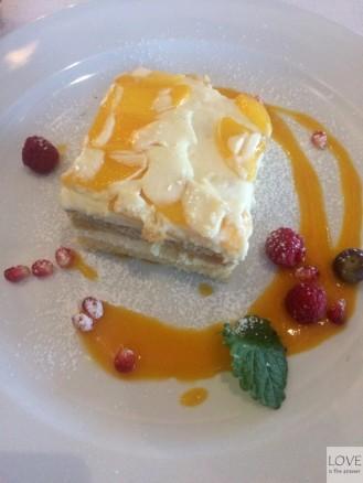 ciasto chałwowe - Restauracja Przystań