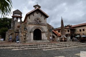 Kościł Św. Stanisława w Altos de Chavon