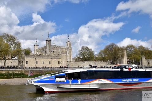 widoki z tramwaju wodnego - Twierdza Tower