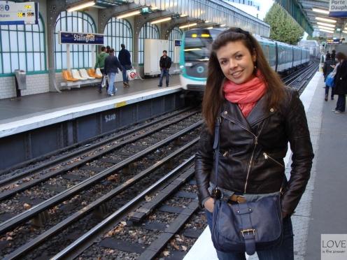 Metrem w Paryżu