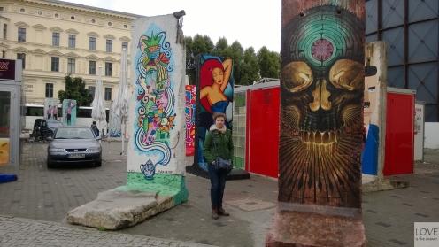 fragmenty muru berlińskiego