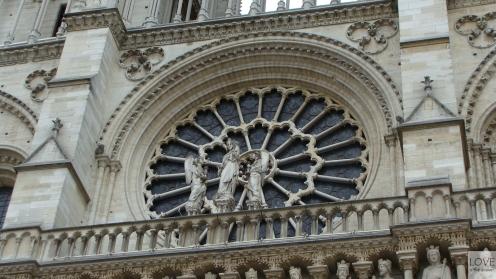Witraż Katedry Notre Dame w Paryżu