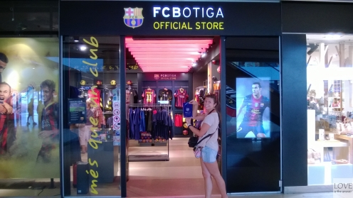 Sklep FC Barcelona w Maremagnum Shopping Center