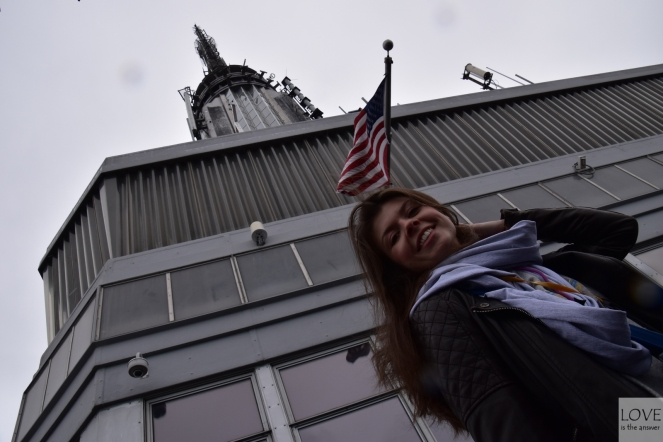Karina na Empire State Building