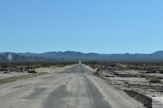 pośrodku niczego - Pustynia Mojave