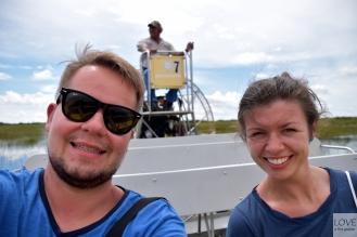 Podczas rejsu łodzią po mokradłach Everglades