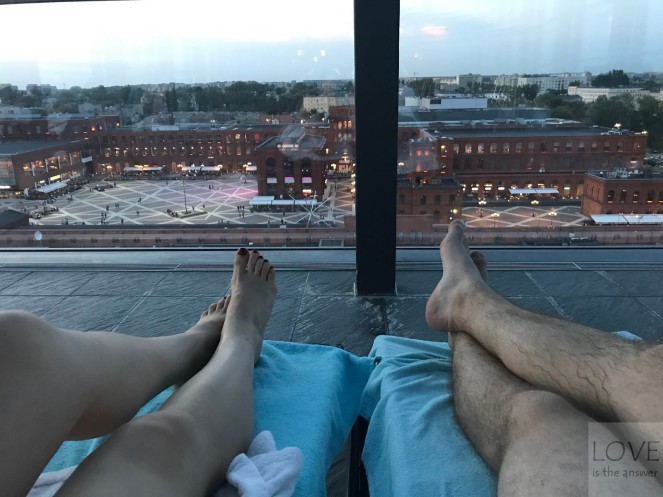 widok z basenu- hotel Andel's